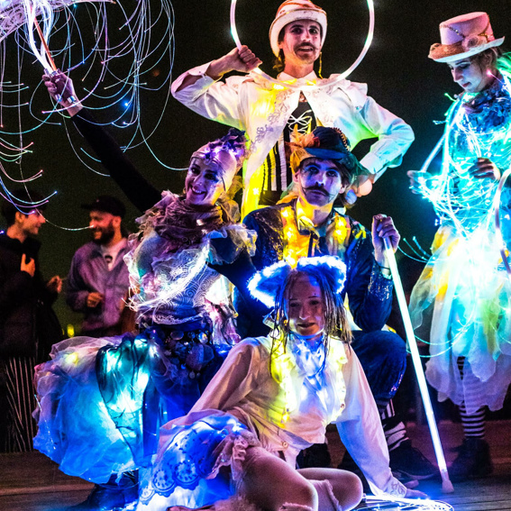 "Soloshow ENTOURAGE ""Cirque du Flow"""