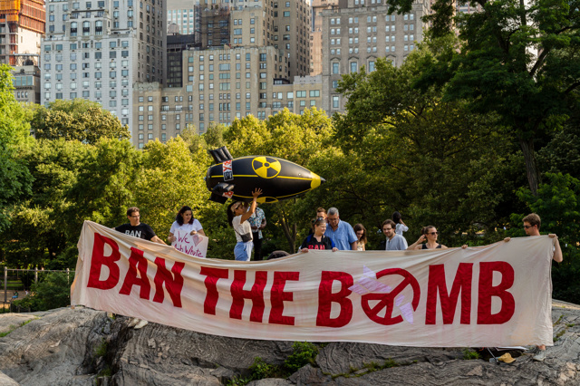 Autorenfotografie Atomwaffenverbot