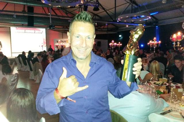 Autobiografie des zweifachen Venus Award Gewinners Chris Hilton