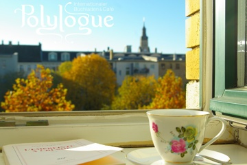 Polylogue - international bookshop & café