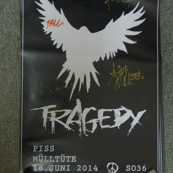 Tragedy Poster - signiert von allen