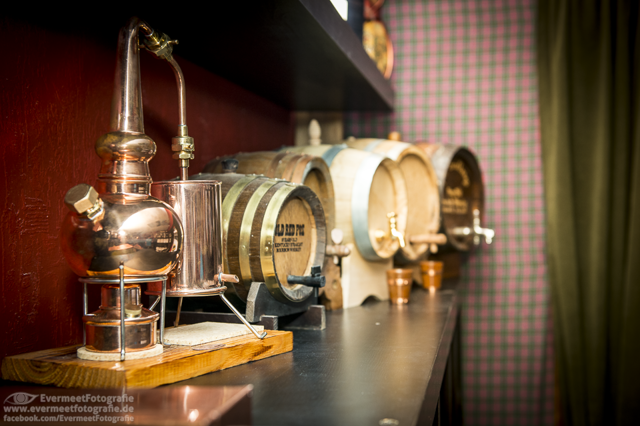 Ein Laden für die Whiskytruhe