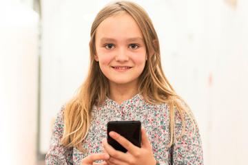 Fighting depression in children using WhatsApp