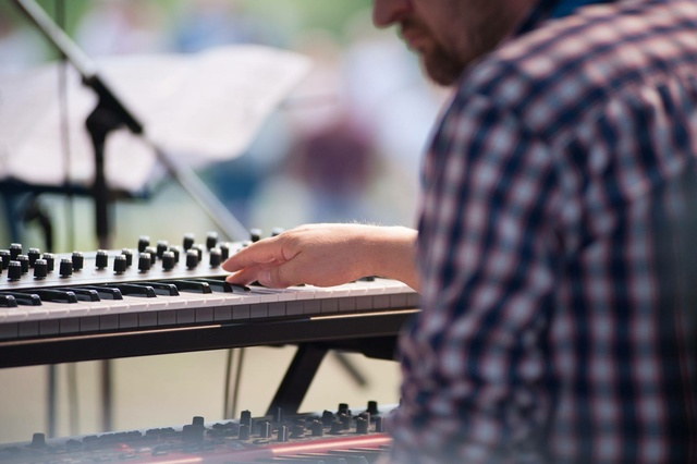 Thomas Bracht Band Live feat. NILS WOGRAM