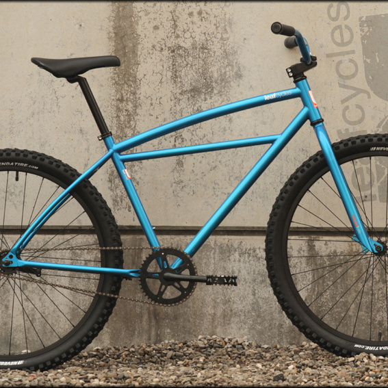 Leafcycles klunker metallic blue incl. Miles jersey