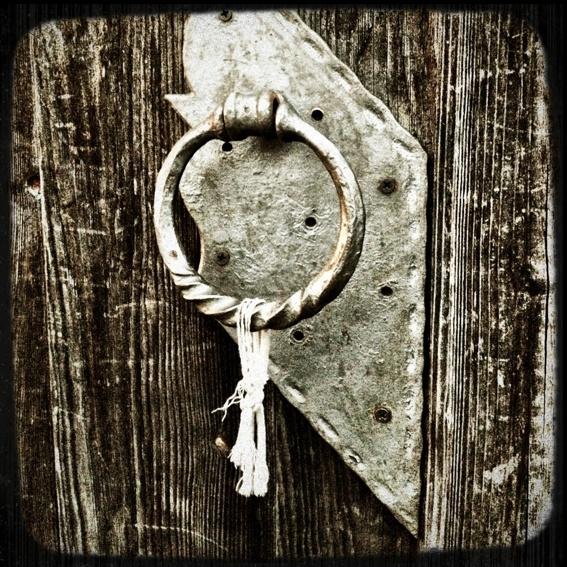 Türklinke* - doorknob*