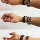 Armband aus Kibera (in den Farben der kenianischen Flagge)