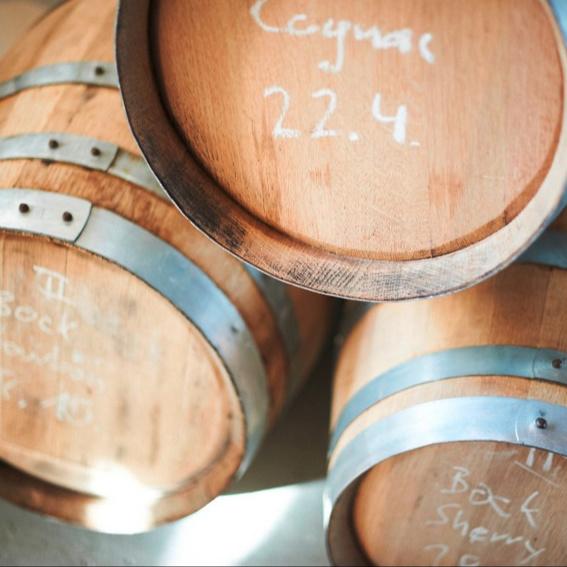 Eine 0,75 l Flasche unseres Holzfassgereiften Investorensuds