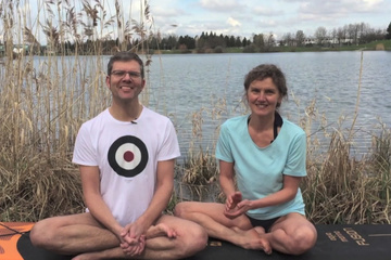 SUPify your life – Sommersee Yoga Paddling