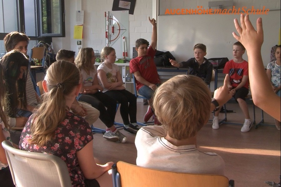 AUGENHÖHEmachtSchule - Film und Dialog