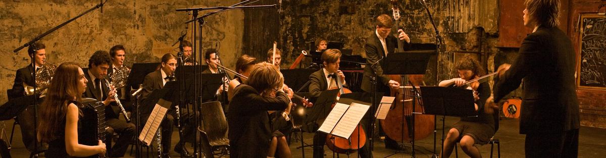 mini-Mahler: Sinfonie Nr. 9 *Welturaufführung* (arr. Simon)