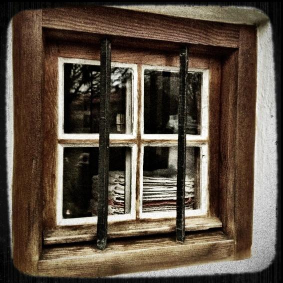 Fensterrahmen* - window frame*