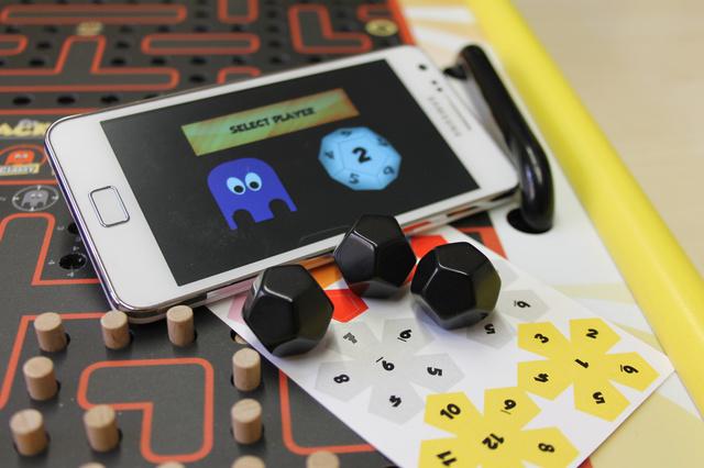 Whacky Mini - Das magneto-mechanische Brettspiel in kleiner :-)