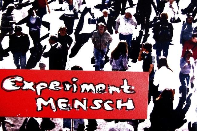 WAGNIS MENSCH SEIN # Ein Theateranschlag