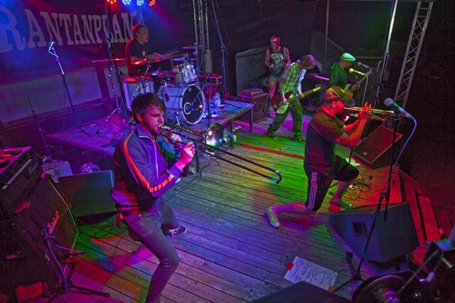 Jamel rockt den Förster 2013 - Rockmusik für Demokratie und Toleranz
