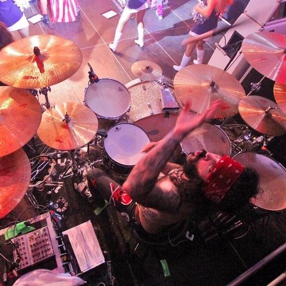 signierte Drumskins plus CD