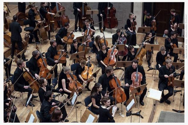 Das Abaco-Orchester spielt Mahler 2