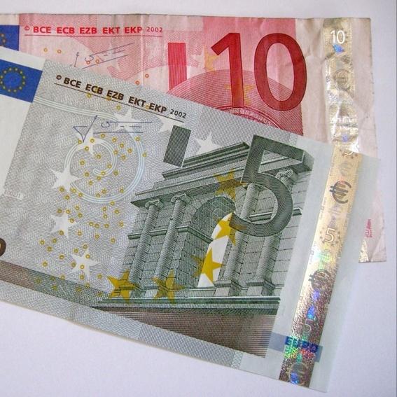 Einkaufsgutschein für 15 € und dafür 12,50 € zahlen