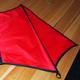 Drachenhaut- rot mit schwarzen Details