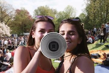 Mobiler Lautsprecher mit Akustikverstärker