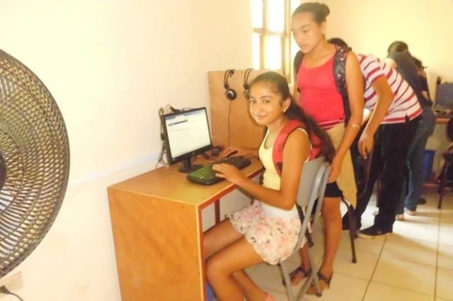 Ein Internetcafé für Dulce Nombre