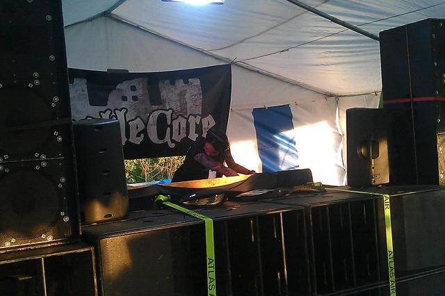 Castlecore Camp - elektronische Musik, Spaß, Förderung