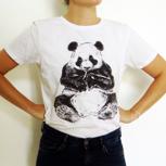 T-Shirt mit wählbarem Motiv und Größe plus einem Portionsbeutel BAOWOW Hydration: