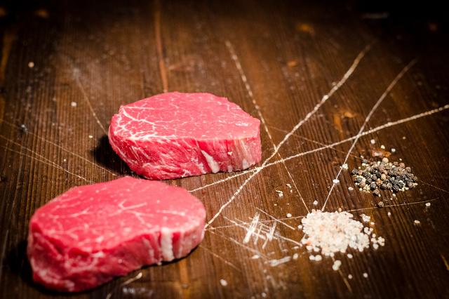 Jäger und Sammler - Einmal Fleischrevolution bitte