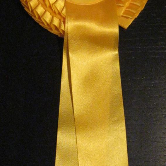 goldene Siegerschleife
