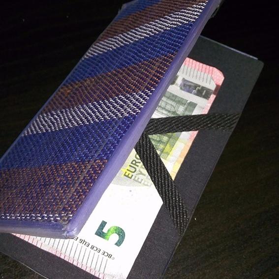 Handgemacht aus Uganda - Magic Wallet
