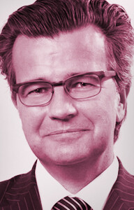 Dr. Guido Sandler