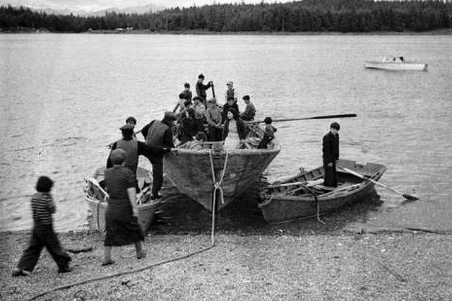 Komm An Bord Wir Bauen Einen UMIAK Ein Boot Der Inuit