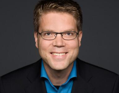 Dirk Kiefer Moderator