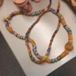 Halskette aus Stein aus Tansania