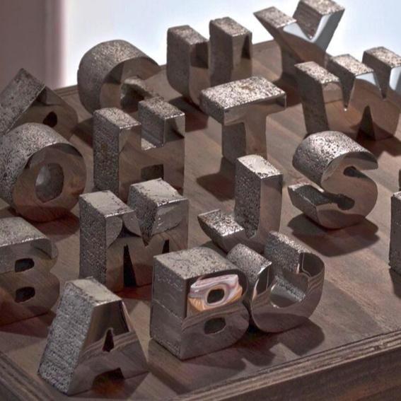 Steel letter object / Size S